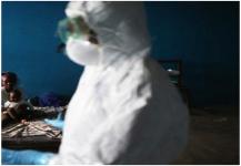 """منظمة الصحة: """"إيبولا"""" يتراجع في غرب إفريقيا"""