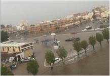 تحذير سكان جدة من الخروج بسبب الأمطار