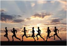 أحذية الركض التي تتحكم في حركة القدم تقلل الإصابات