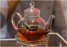 متى لا ينصح بشرب الشاي الأسود؟