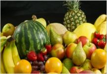 تناول الفاكهة الطازجة يحد من مرض السكري