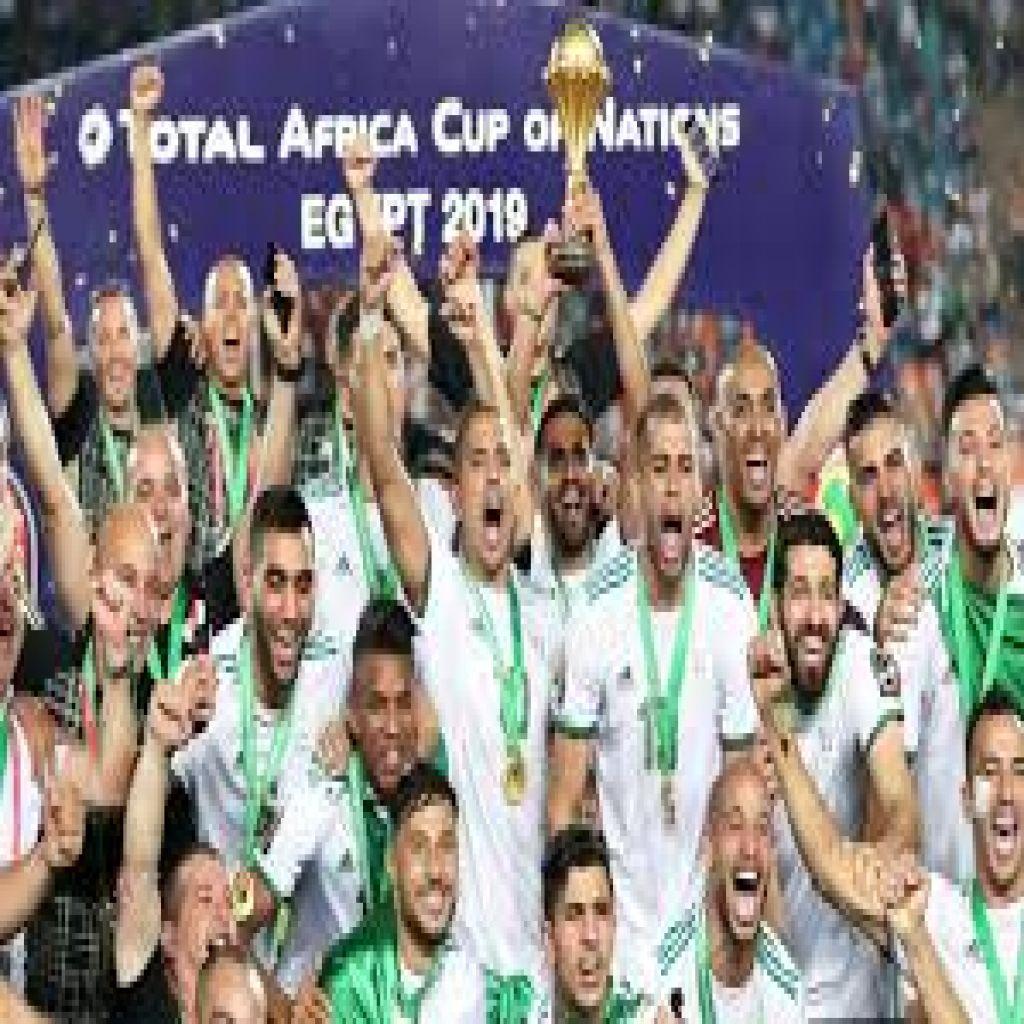 الجزائر تهزم السنغال وتتوج بكأس إفريقيا للمرة الثانية